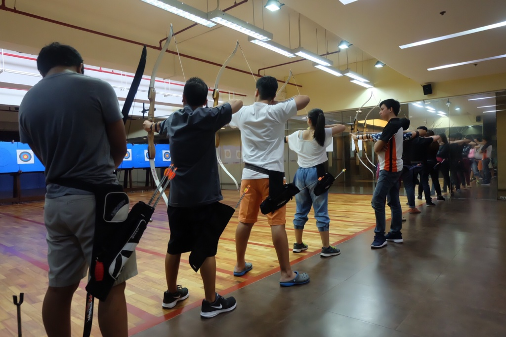 Photo by Reish de Lara https://reishdelara.wordpress.com/2015/12/22/gandiva-archery- range-and- cafe/